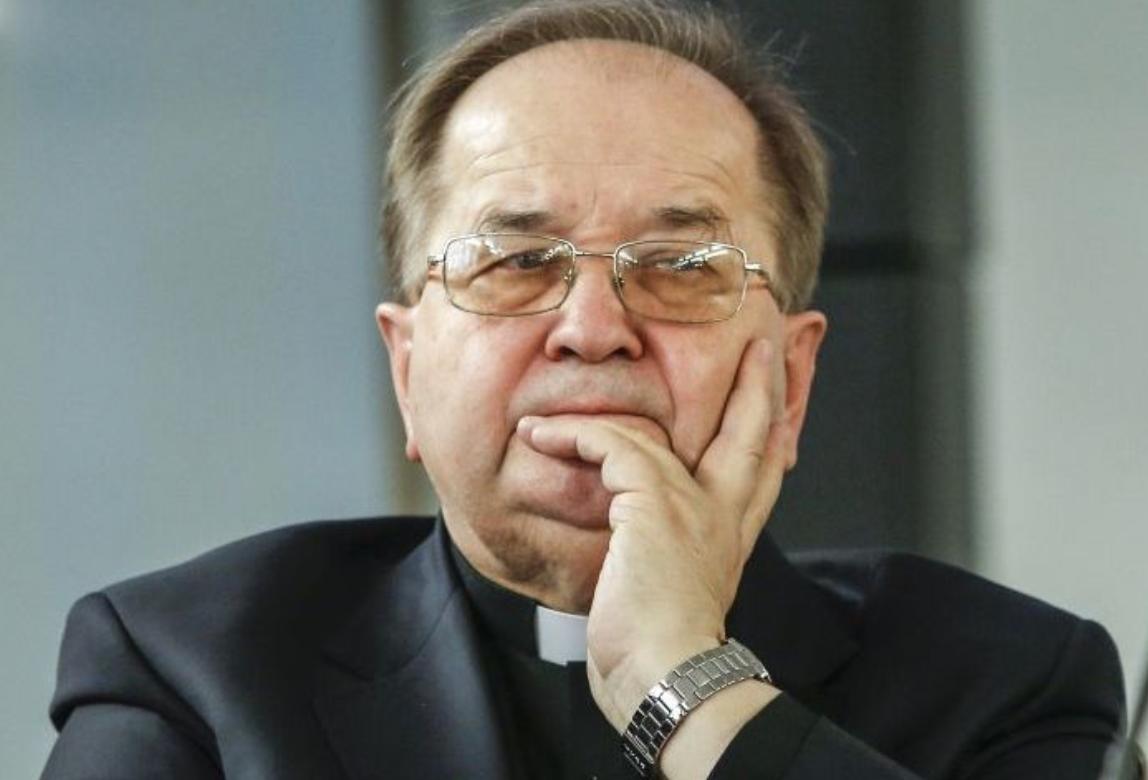 Handel w niedzielę. O. Tadeusz Rydzyk upomina Elżbietę Rafalską